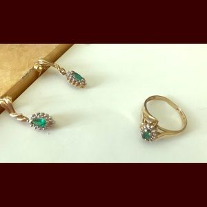Jewelry - REAL Emerald and Diamond Set